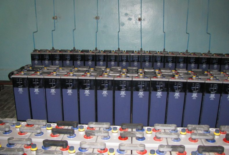 АКБ тепловой электростанции - аккумуляторное хозяйство ТЭЦ фото 1